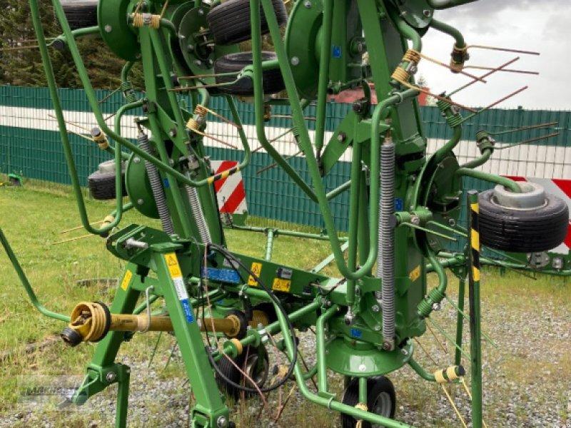 Kreiselheuer des Typs Krone KW 7.92/8, Gebrauchtmaschine in Aurich (Bild 1)