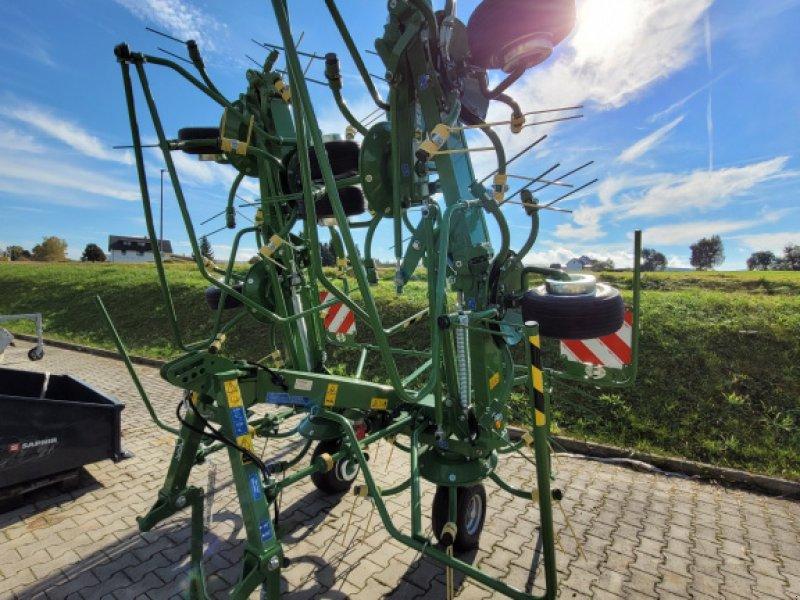 Kreiselheuer des Typs Krone KW 8.82/8, Neumaschine in Moosbach (Bild 1)