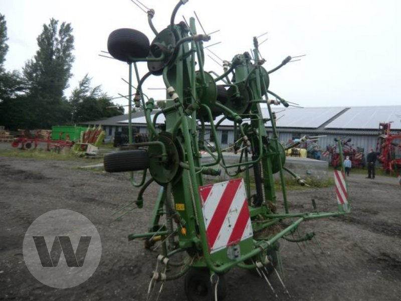 Kreiselheuer des Typs Krone KW 8.82/8, Gebrauchtmaschine in Niebüll (Bild 1)