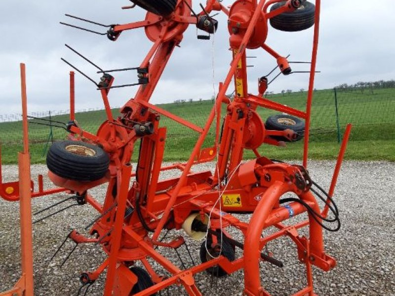 Kreiselheuer des Typs Kuhn GF 5801 MH, Gebrauchtmaschine in MARBEVILLE (Bild 1)