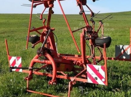 Kreiselheuer des Typs Kuhn GF 6401 MH, Gebrauchtmaschine in oraison (Bild 2)