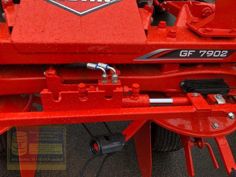 Kreiselheuer des Typs Kuhn Kreiselwender GF 7902, Neumaschine in Pfarrweisach (Bild 2)