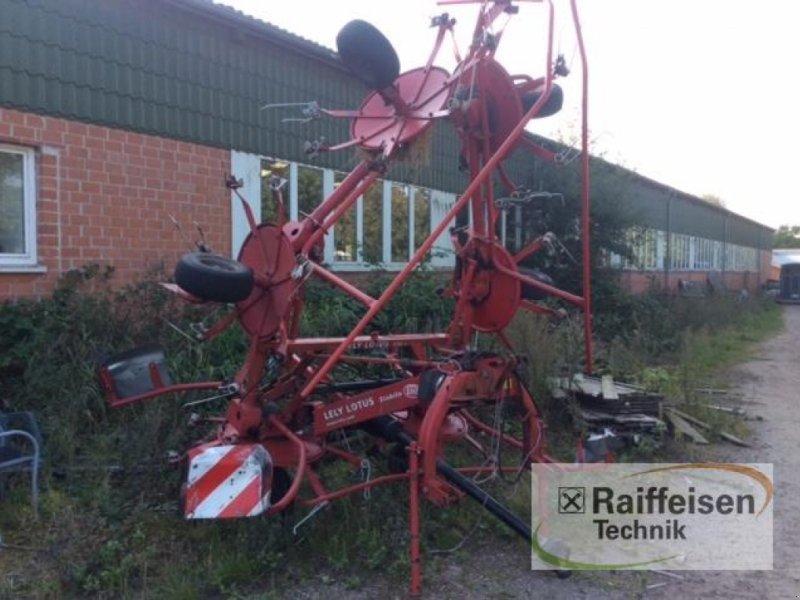 Kreiselheuer of the type Lely Heuwender Lotus 770, Gebrauchtmaschine in Kisdorf (Picture 1)