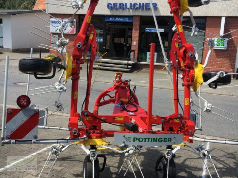 Kreiselheuer des Typs Pöttiner Hit 6.69, Neumaschine in Neustadt (Bild 1)