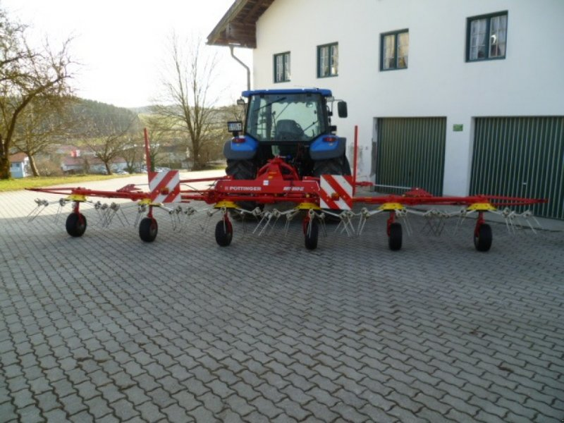 Kreiselheuer des Typs Pöttinger Hit 80, Gebrauchtmaschine in Ebersberg (Bild 1)