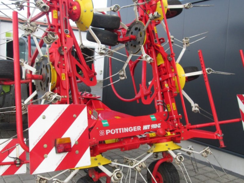 Kreiselheuer des Typs Pöttinger Hit 910 NZ, Gebrauchtmaschine in Wülfershausen an der Saale (Bild 3)