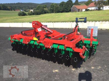 Kurzscheibenegge des Typs Agro-Masz BT 30 3m Arbeitsbreite Beleuchtung, Neumaschine in Tiefenbach (Bild 1)