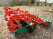 Kurzscheibenegge del tipo Agro-Masz BT30, Neumaschine en Tiefenbach
