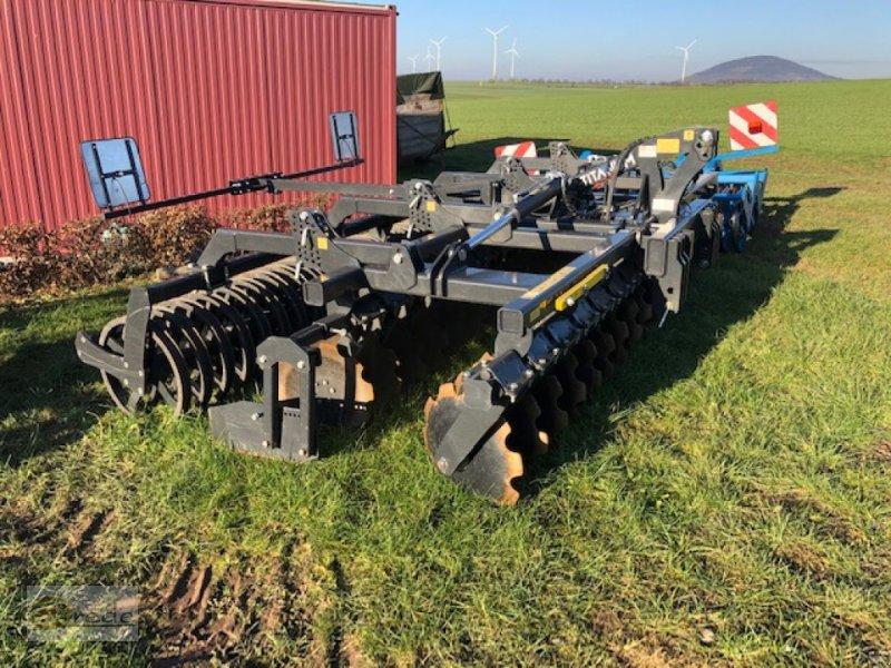 Kurzscheibenegge des Typs Agroland Kurzscheibenegge Titanum 4m gebraucht, Gebrauchtmaschine in Bad Emstal (Bild 1)
