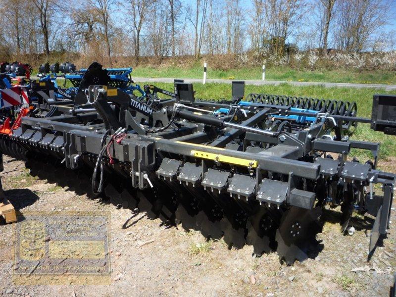 Kurzscheibenegge des Typs Agroland Scheibenegge Modell: Titanum 400, Neumaschine in Pfarrweisach (Bild 1)