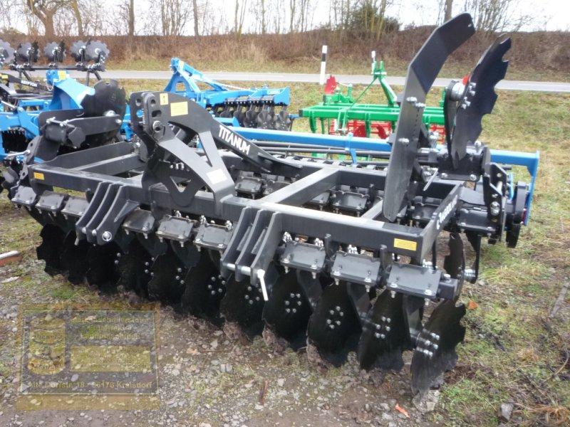 Kurzscheibenegge des Typs Agroland Scheibenegge Titanum 300, Neumaschine in Pfarrweisach (Bild 1)