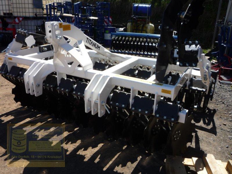 Kurzscheibenegge des Typs Agroland Titanum heavy 300 Sondermodell Scheibenegge, Neumaschine in Pfarrweisach (Bild 1)