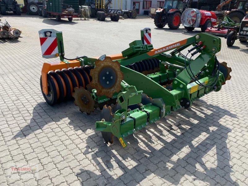 Kurzscheibenegge des Typs Amazone Catros 3003 Special Vorführmaschine, Neumaschine in Mainburg/Wambach (Bild 1)