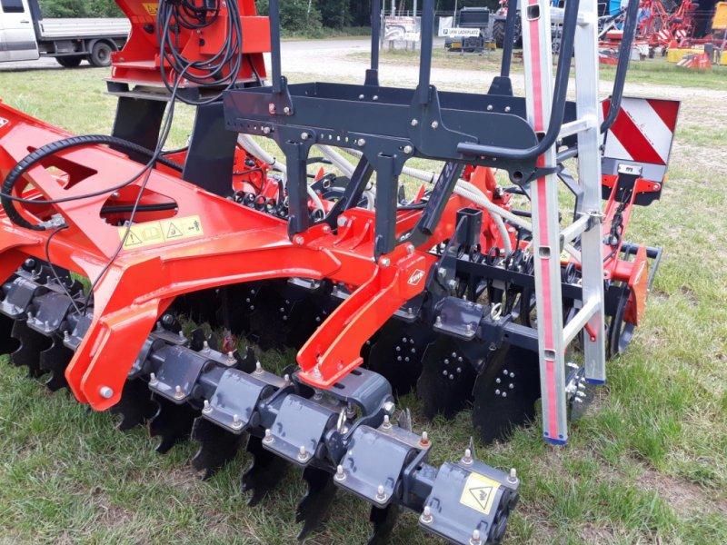 Kurzscheibenegge des Typs Kuhn Optimer+ 303, Neumaschine in Itterbeck (Bild 5)
