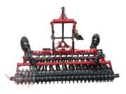 Kurzscheibenegge tip MD Landmaschinen AFII Scheibenegge 3m mit Reifenwalze in halbaufgerängter Ausführung, Neumaschine in Zeven