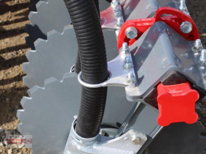 Kurzscheibenegge des Typs Unia Ares XLA, Neumaschine in Ostheim/Rhön (Bild 3)