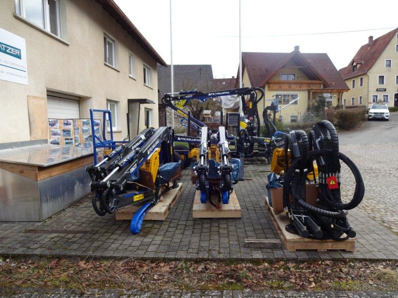 Ladekrane & Rückezange des Typs Källefall FB42-FB53T-FB63t-FB69TW, Neumaschine in Happurg  (Bild 1)