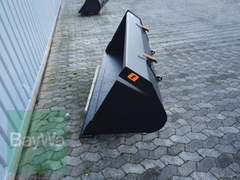 Ladeschaufel des Typs Alö UNIVERSALSCHAUFEL 215 GM, Neumaschine in Manching (Bild 4)