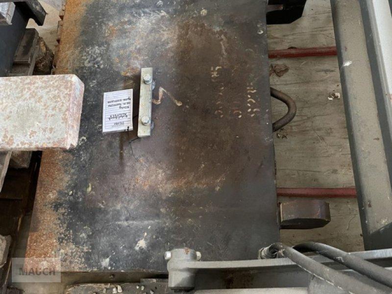 Ladeschaufel типа Sonstige Heckgewicht ca 500kg, Gebrauchtmaschine в Burgkirchen (Фотография 1)