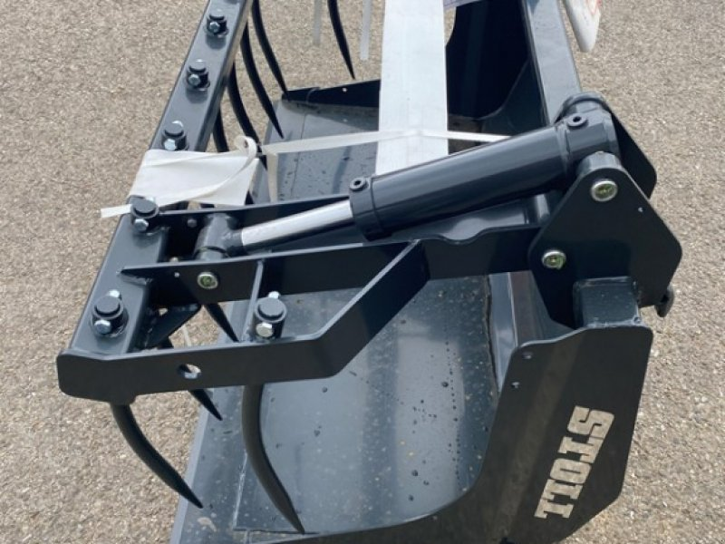 Ladeschaufel типа Stoll Sonstiges, Neumaschine в Courtedoux (Фотография 1)