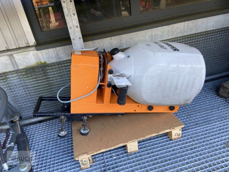 Ladeschaufel des Typs Weidemann  Lehner Salzstreuer Polaro 110l, Gebrauchtmaschine in Burgkirchen (Bild 1)