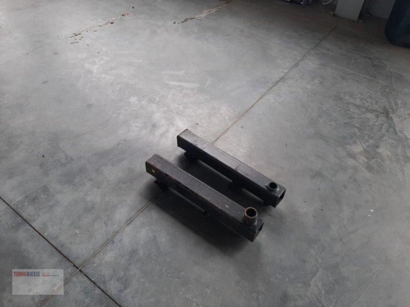 Ladeschaufel tip Weidemann  Set suport tepuse baloti, Neumaschine in Jud. Timiş (Poză 1)