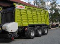 CLAAS Cargos 9500 remorcă încărcare