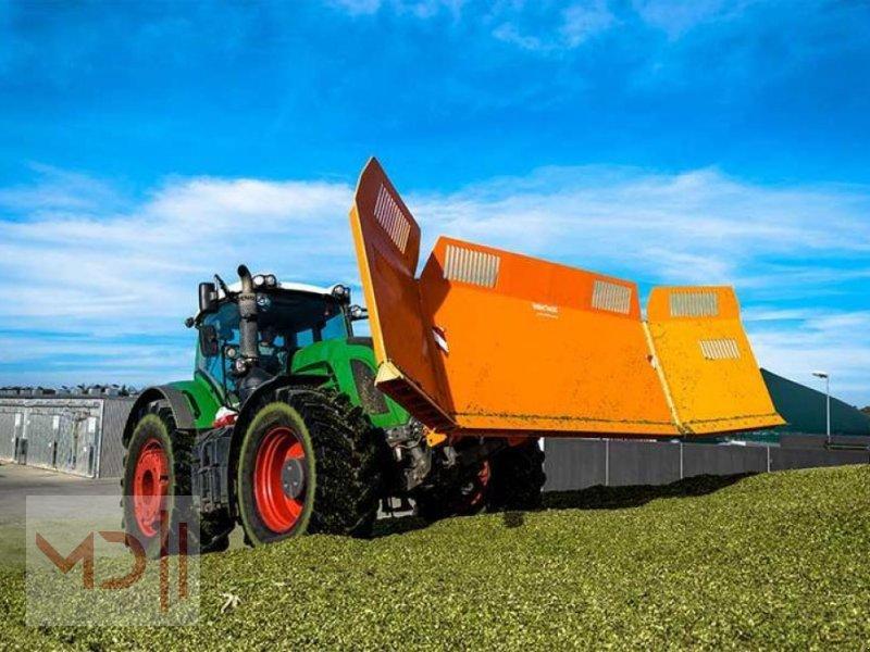 Ladewagen des Typs MD Landmaschinen IT --Maisschiebeschild- 5M, Neumaschine in Zeven (Bild 1)