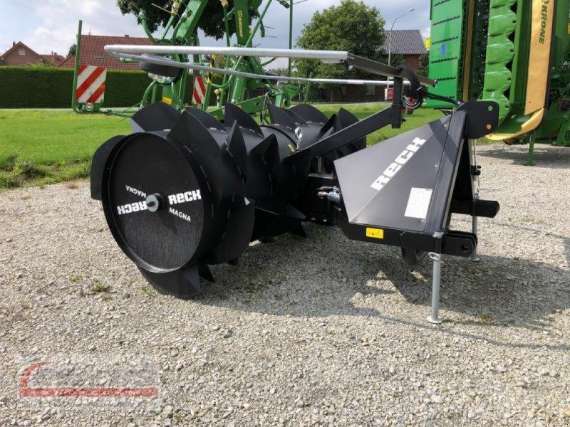 Ladewagen des Typs Reck MAGNA, Neumaschine in Salzkotten (Bild 1)
