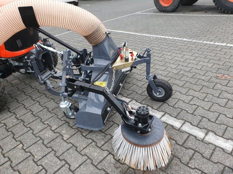 Laubsauggerät & Blasgerät des Typs Kubota Matev LRM 120HY Laubsaugdüse, Neumaschine in Olpe (Bild 1)