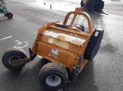 Laubschneider a típus Berti picker 100, Gebrauchtmaschine ekkor: le pallet