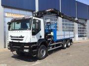 LKW типа Iveco Trakker AD260T33 6x4 Hiab 28 ton/meter laadkraan (year 2010), Gebrauchtmaschine в ANDELST