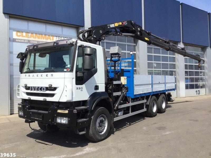 LKW tip Iveco Trakker AD260T33 6x4 Hiab 28 ton/meter laadkraan (year 2010), Gebrauchtmaschine in ANDELST (Poză 1)