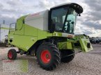 Mähdrescher des Typs CLAAS Avero 240 APS in Vohburg