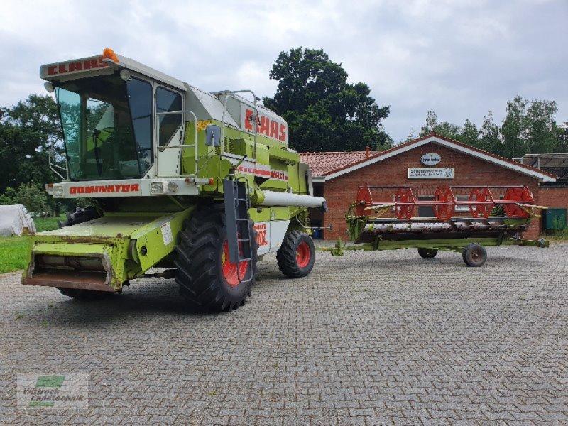 Mähdrescher des Typs CLAAS Dominator 108 SL, Gebrauchtmaschine in Rhede / Brual (Bild 1)