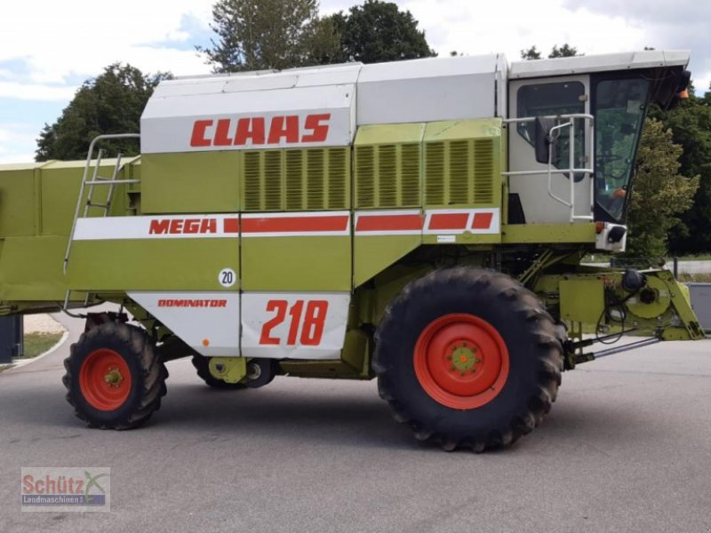 Mähdrescher des Typs CLAAS Dominator 218 Mega I, C600 AC, 3-D, Raps,, Gebrauchtmaschine in Schierling (Bild 1)
