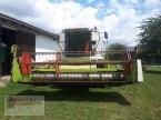 Mähdrescher des Typs CLAAS Lexion 405 in Niederviehbach
