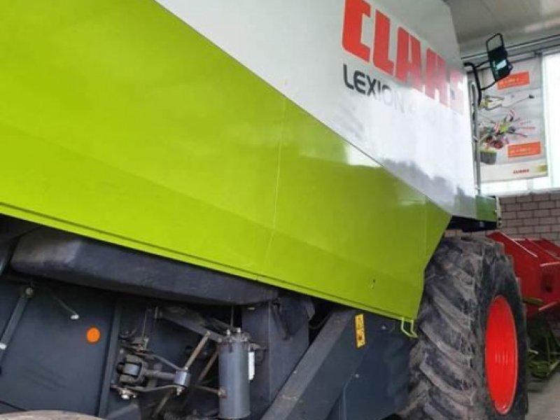 Mähdrescher des Typs CLAAS LEXION 440 AC, Gebrauchtmaschine in Beelen (Bild 2)