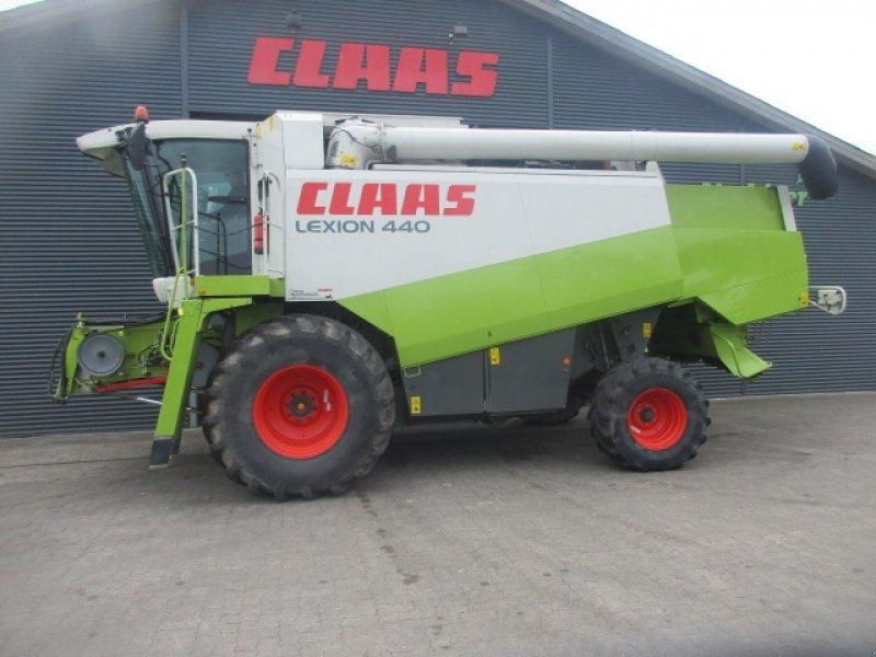 Mähdrescher des Typs CLAAS Lexion 440 Cebis, Gebrauchtmaschine in Vinderup (Bild 1)