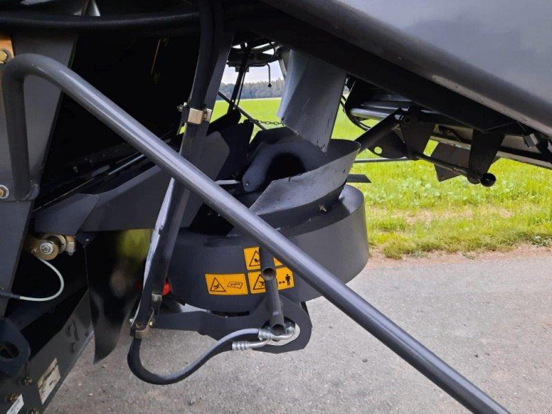 Mähdrescher des Typs CLAAS Lexion 670, Gebrauchtmaschine in Asselfingen (Bild 3)