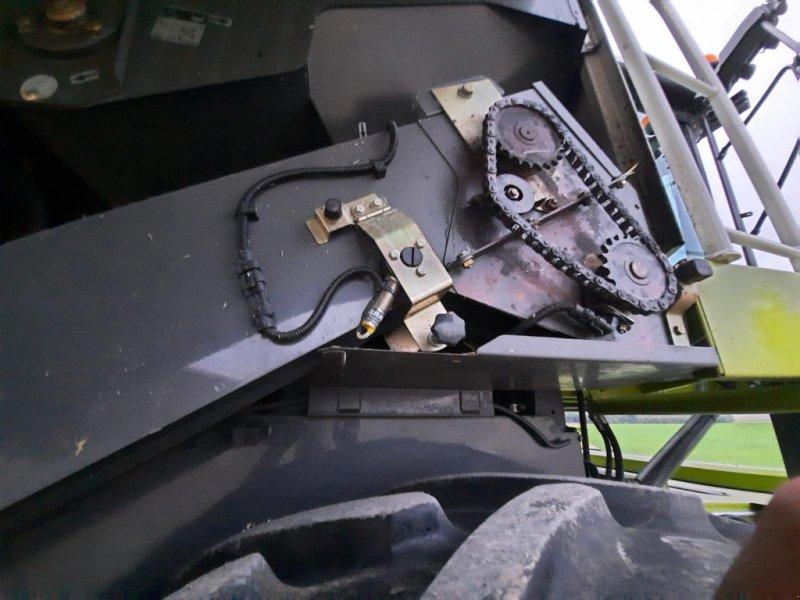 Mähdrescher des Typs CLAAS Lexion 670, Gebrauchtmaschine in Asselfingen (Bild 11)