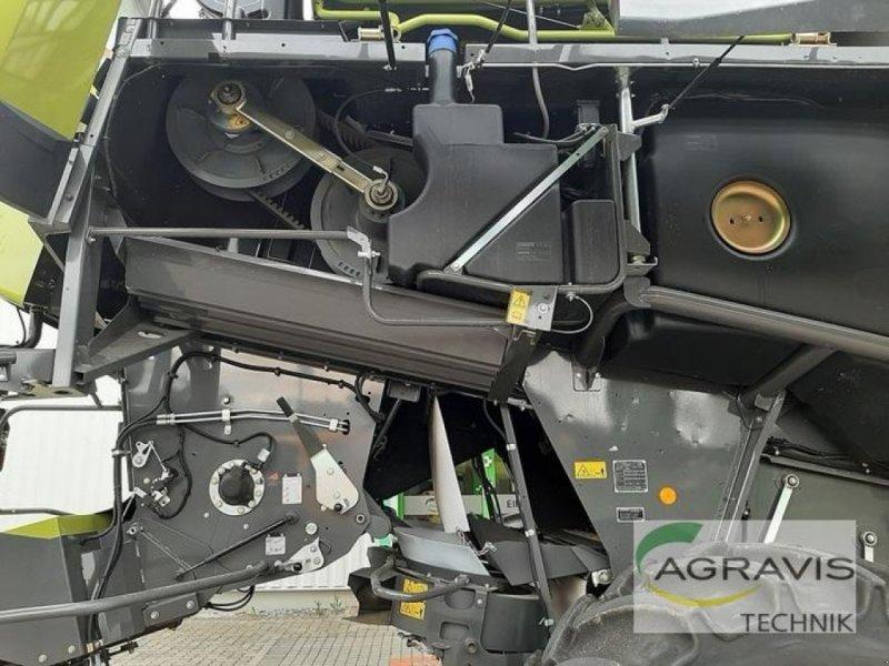 Mähdrescher des Typs CLAAS LEXION 750, Gebrauchtmaschine in Königslutter (Bild 25)