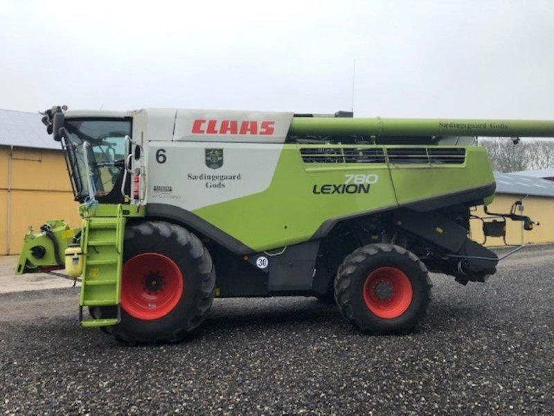 Mähdrescher des Typs CLAAS LEXION 780, Gebrauchtmaschine in Nykøbing Falster (Bild 1)
