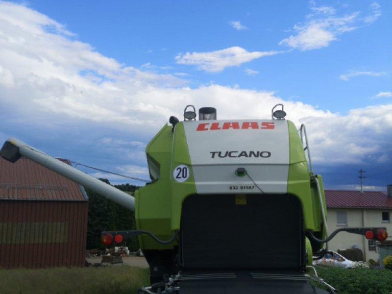 Mähdrescher des Typs CLAAS Tucano 320, Gebrauchtmaschine in Neckarbischofsheim (Bild 3)