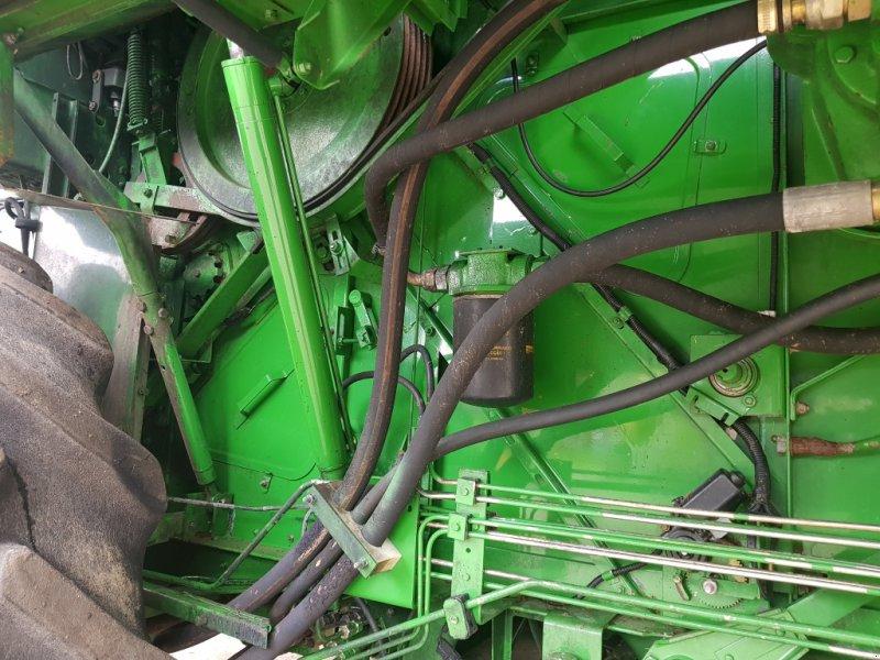 Mähdrescher типа John Deere 1550 CWS Defekt, Gebrauchtmaschine в Korfantow (Фотография 18)
