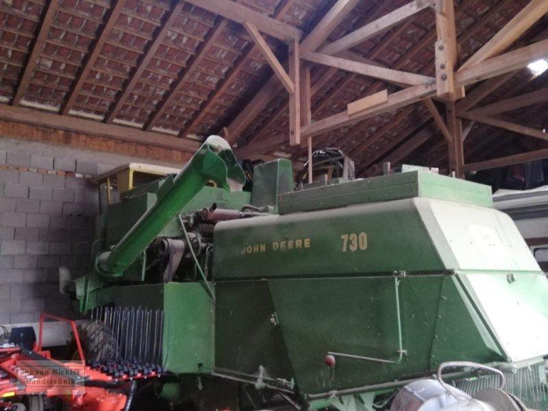 Mähdrescher des Typs John Deere 730, Gebrauchtmaschine in Unterneukirchen (Bild 1)