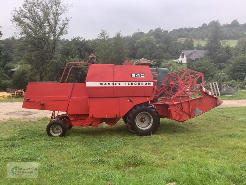 Mähdrescher des Typs Massey Ferguson 240, Gebrauchtmaschine in Heusweiler (Bild 1)