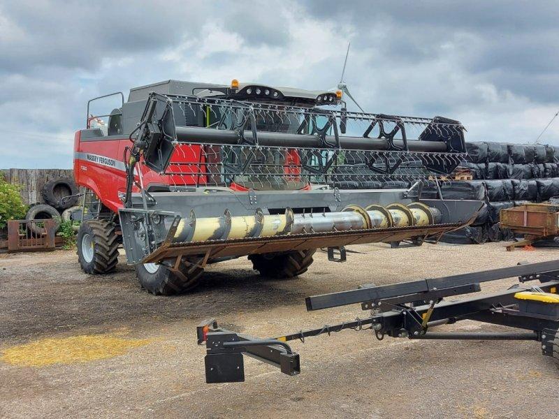 Mähdrescher des Typs Massey Ferguson 7360, Gebrauchtmaschine in Wallingford (Bild 1)