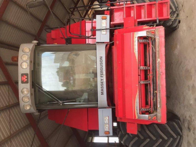 Mähdrescher tip Massey Ferguson MF 40, Gebrauchtmaschine in Varde (Poză 1)