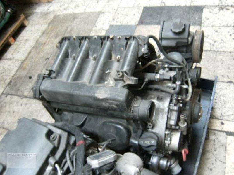Mähdrescher des Typs Mercedes-Benz OM611DELA / OM 611 DELA, Gebrauchtmaschine in Kalkar (Bild 4)
